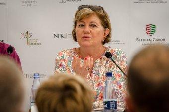 A nemzeti régiókért indított polgári kezdeményezés aláírására buzdít Szili Katalin miniszterelnöki megbízott