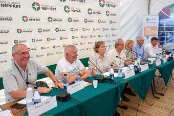 Konszenzust remélnek az erdélyi magyar pártok: cselekvési tervről is egyeztetnek a Kolozsvári Autonómia-kerekasztalon