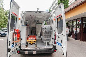 Több mint 1300 új mentőautót vásárolnak a fejlesztési minisztériumon keresztül