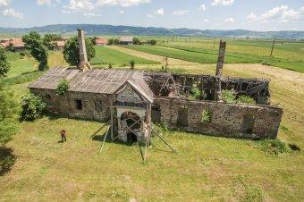 Könnyen az enyészeté maradhat a Henter-kúria, ha nem lesz aki elvégezze a felújítást