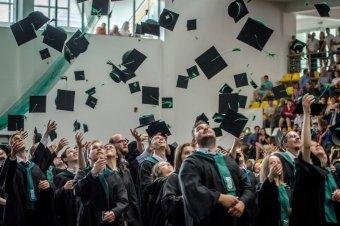 """Ballagás a Sapientián – """"A világnak, a magyar közösségnek szüksége van az egyetem végzőseinek bölcsességére"""""""