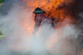Tűz ütött ki egy gyergyócsomafalvi fafeldolgozó üzemben