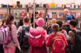 Gyerekprogramokkal kezdődött el a Csíkszeredai Könyvvásár