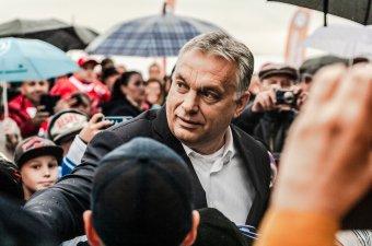 Orbán Viktor a Székelyföldi Jégkorong Akadémiánál