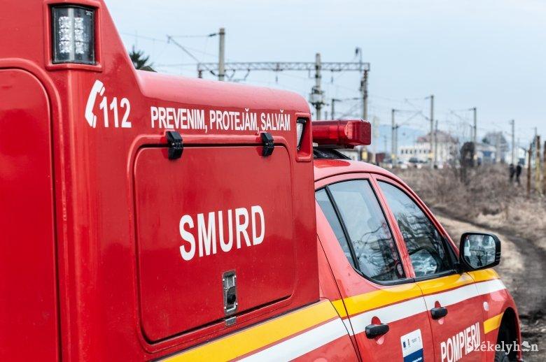 Súlyos áramütés ért egy vonat tetejére felmászó francia fiatalembert a nagyenyedi vasútállomáson