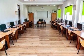 A képzés a kulcsszó a nemzetközileg is elismert román informatikai ágazatban