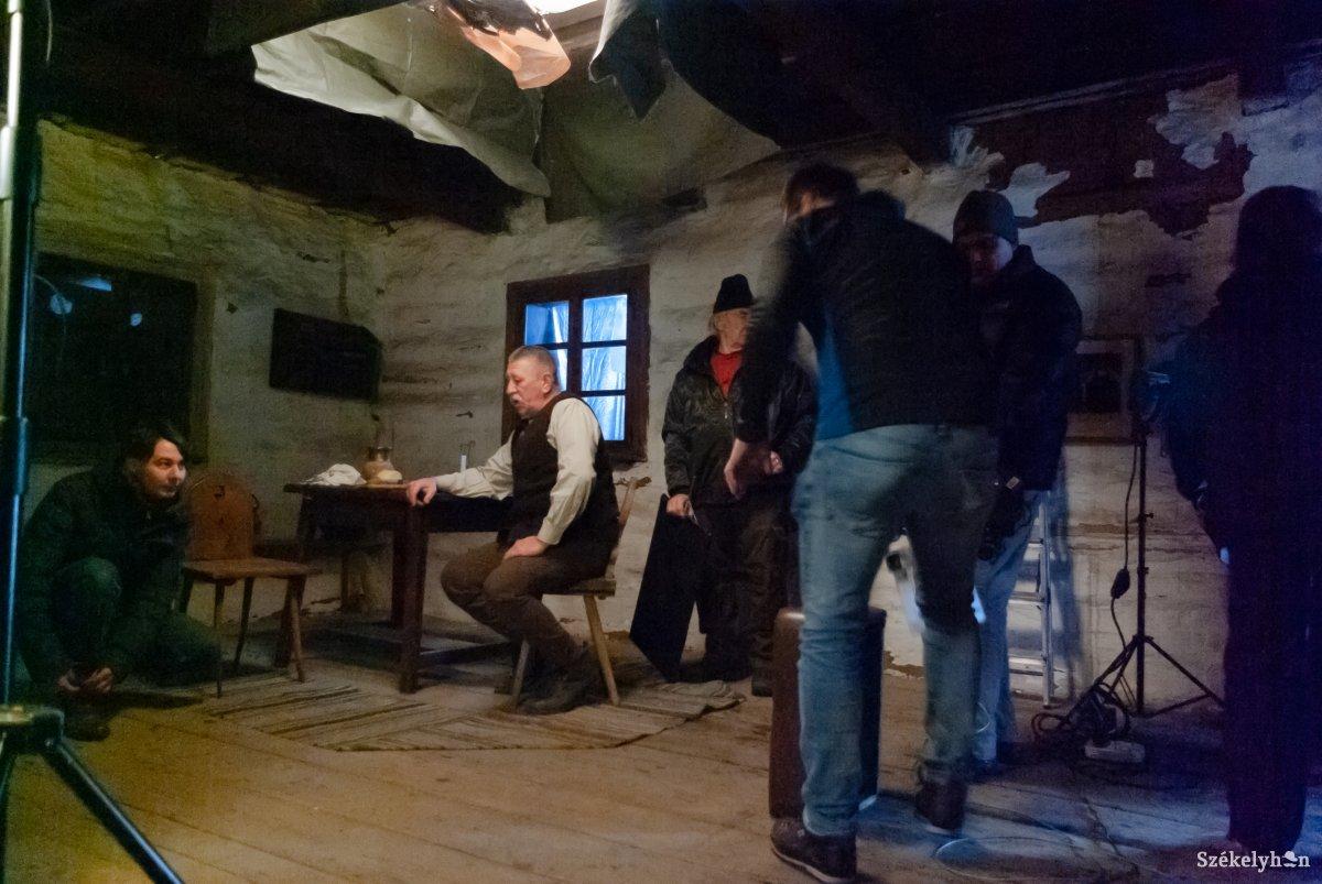 https://media.szekelyhon.ro/pictures/csik/aktualis/2019/12_januar/02/o_nyiro_jozsef_novella_film_ga-2.jpg