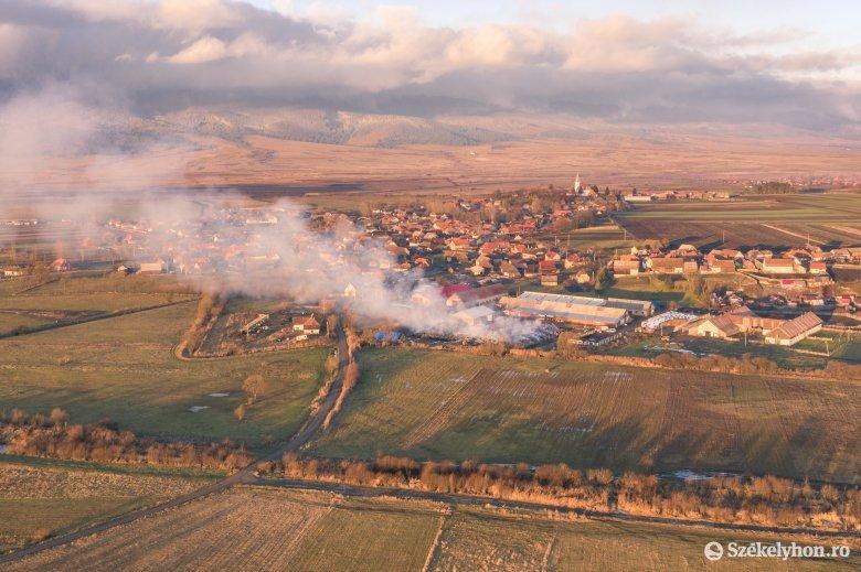 Háromszázezer lejes kár keletkezett a csatószegi tűzvészben