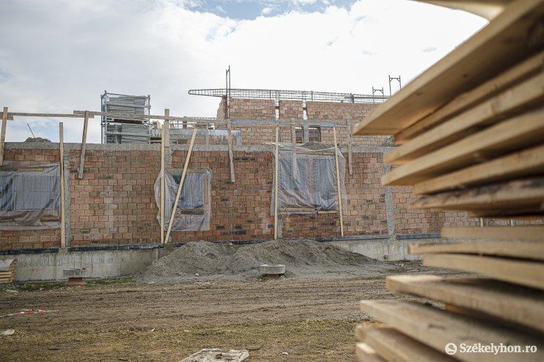 Aki építeni akar, az építeni is fog