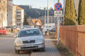 Ezt érdemes tudnia, mielőtt szabálytalanul parkoló autóról tesz közzé fotót
