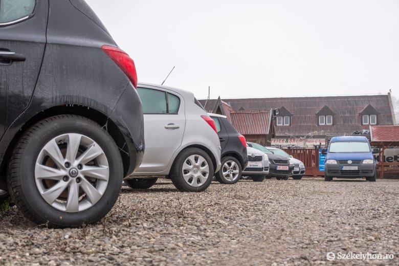 Éveken át tartó növekedés után visszaesés történt tavaly a járműpiacon