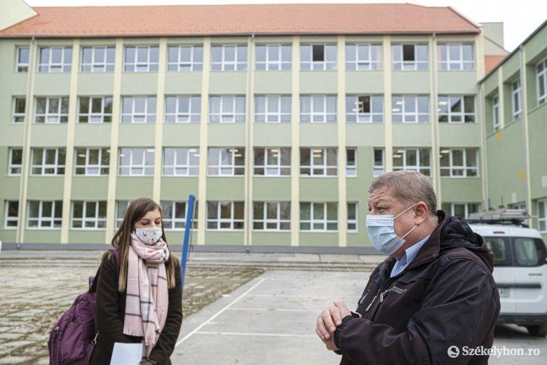 Célegyenesbe került a csíkszeredai Nagy Imre Általános Iskola hőszigetelése