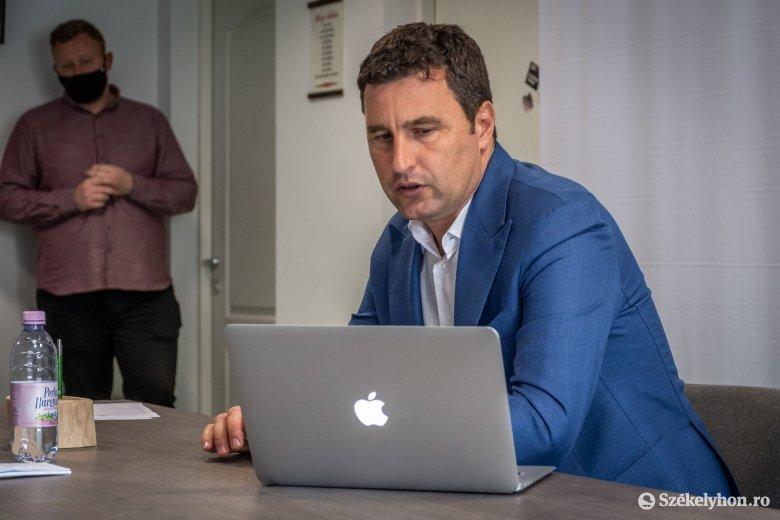 Minden Barna rokon? Névazonosság alapján igyekszik felelőssé tenni a környezetvédelmi minisztert medveügyben a román sajtó