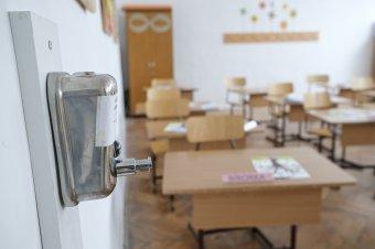Minisztériumi állásfoglalást sürget az iskolák újranyitása kapcsán Molnár Zsolt ombudsman-helyettes