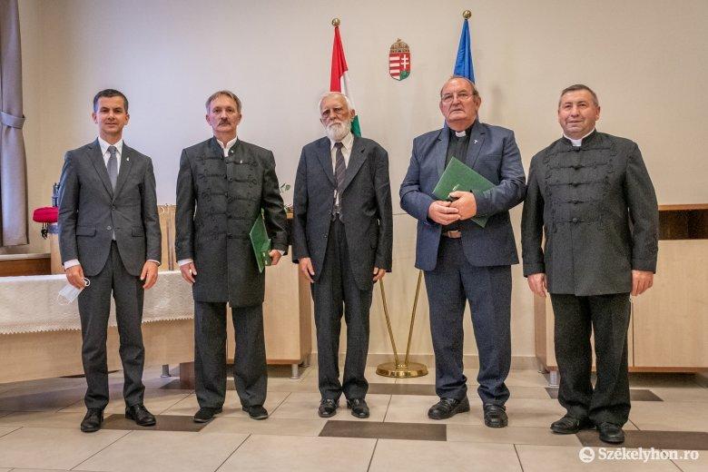Magyar állami kitüntetéseket adtak át székelyföldi közéleti személyiségeknek