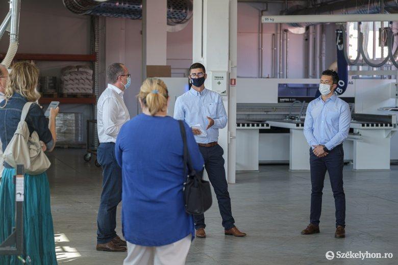 Gazdaságélénkítés Csíkszeredában: igény van a vállalkozói inkubátorházra