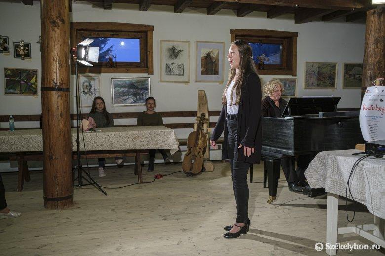 Nem hagyják elkallódni a külhoni magyar fiatal zenei tehetségeket