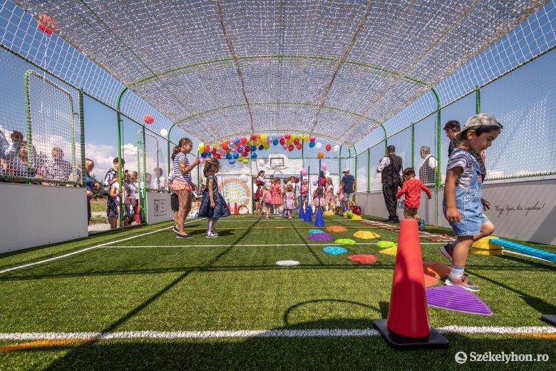 Magyarországi fejlesztés a csicsói gyerekeknek is