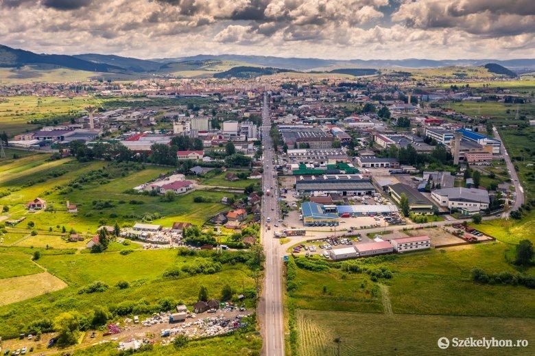Elhúzódnak az önkormányzati területvásárlások Csíkszeredában
