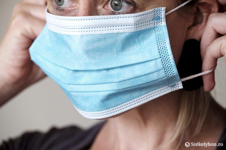 Közel ezer új fertőzöttet azonosítottak az elmúlt 24 órában