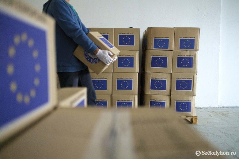 Osztják az uniós segélycsomagokat Csíkszeredában