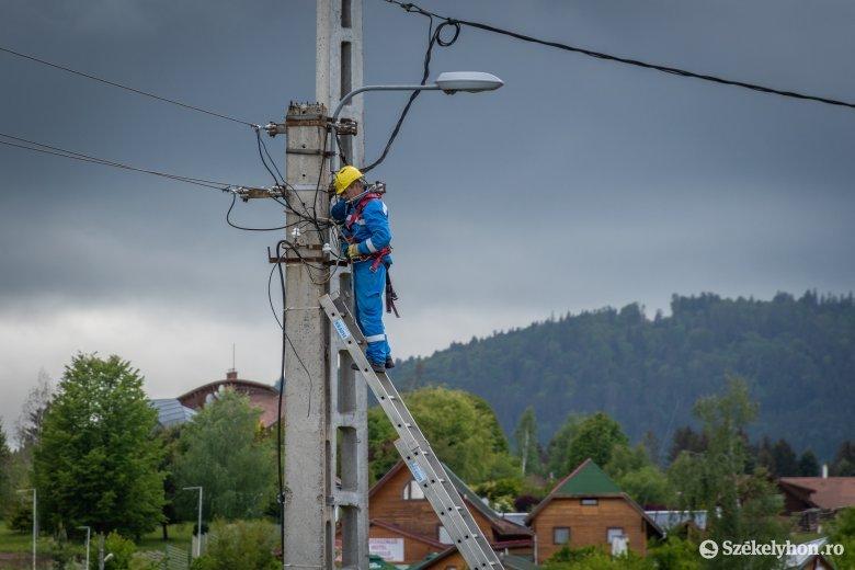 Jelentős áramingadozást észleltek Erdély számos megyéjében, liftek is leálltak