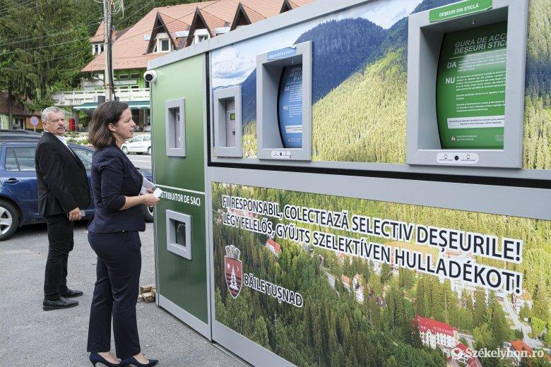 Okos hulladékgyűjtőt használhatnak a tömbházlakók Tusnádfürdőn