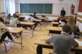 Gyors ütemben nőttek a tanári fizetések Romániában, de még mindig a legalacsonyabbak az Európai Unióban