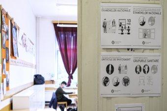 Kallós Zoltán oktatási államtitkár: a kevésbé rosszat kell választani a tanévszerkezet módosításakor