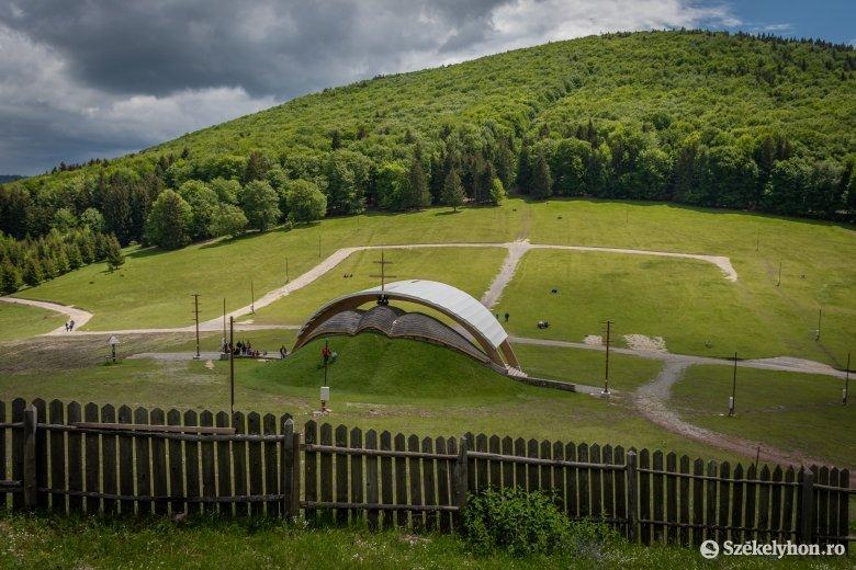 Idén már a csíksomlyói hegynyereg lesz a pünkösdi búcsú helyszíne
