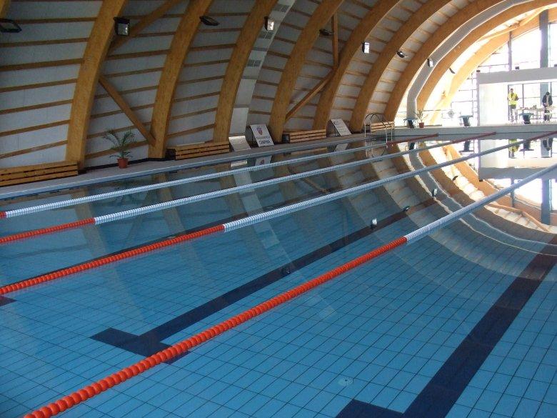 Községi tanuszodát építenek Csíkszentdomokoson, jövőre már megkezdődhet az úszásoktatás