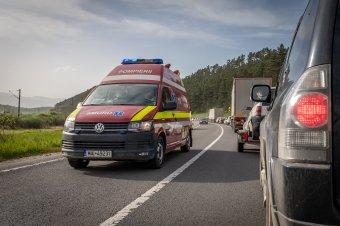 Újabb fekete hétvége az utakon: két gyermek halt meg egy Brassó megyei autóbalesetben