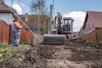 Kis települések nagy lehetősége: erdélyi községek polgármesterei a korszerűsítés egyetlen módját látják a Saligny-programban