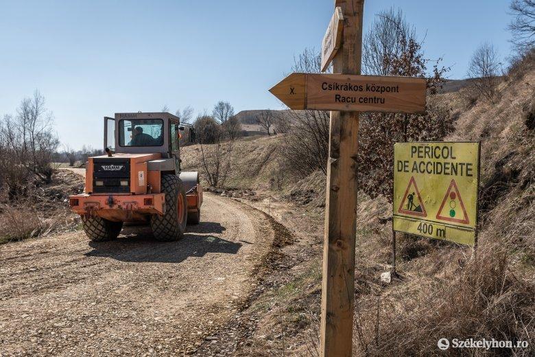 Minden községi utat leaszfaltoznak Csíkrákoson
