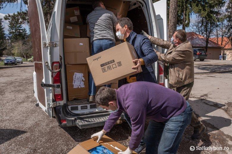 Megérkezett a magyar kormány adománya Csíkszeredába