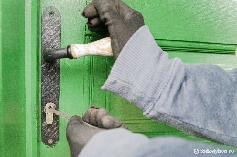 Folytatódó lakásbetörések: álkulcsok használatával jutnak be a bűnözők a csíkszeredai lakásokba