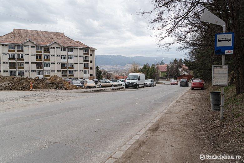 Készülnek a több hónapot felölelő útkarbantartásra Csíkszeredában
