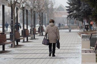 Több mint ötmillió nyugdíjas Romániában, átlagnyugdíjuk értéke 1500 lej