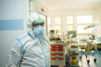 Továbbra is 15 ezer fölött az új fertőzöttek száma, 350-en haltak meg a Covid-19 szövődményeiben az elmúlt 24 órában