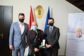 Magyar állami elismerés az 1956-os forradalom és szabadságharc elvei melletti példaértékű kiállásért