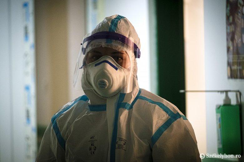 """Már csak tíz, """"simán"""" koronavírusosok számára fenntartott intenzív terápiás ágy szabad az országban"""