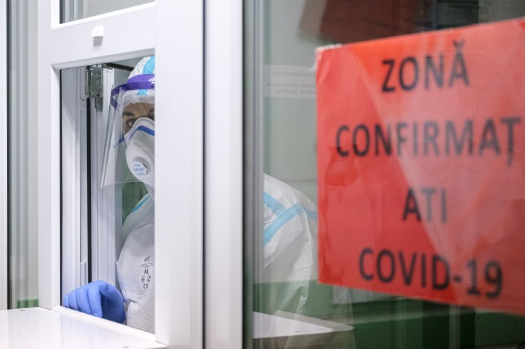 December óta nem diagnosztizáltak ennyi fertőzöttet, 13 százalékos a pozitivitási arány