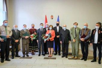 Rangos magyar állami kitüntetéseket adtak át a csíkszeredai főkonzulátuson
