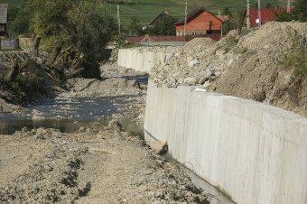 A Hidegség-patak mentén jelentős munkálatokra van még szükség
