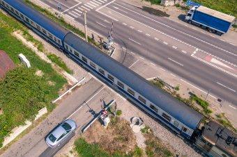 Korodi: a rendőrséggel közösen próbál hatni az önkormányzat a vasúttársaságra