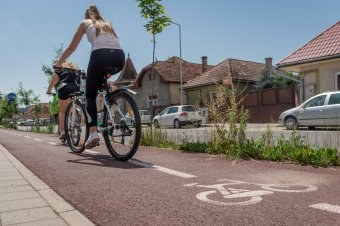 Gépkocsi nélkül a zöldebb közlekedésért: több erdélyi településen tartanak rendezvényeket az európai autómentes világnapon