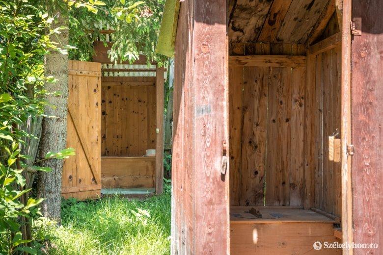 Románia háztartásainak közel negyede nem rendelkezik benti vécével
