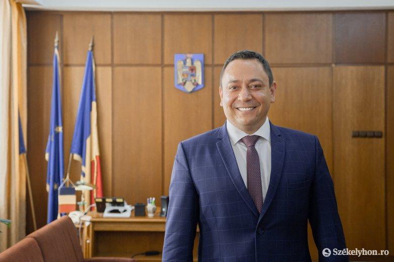 Szabó Zsolt: én csak egy ember vagyok, aki azért jött, hogy a kormány részéről megkérdezze, miben segíthet