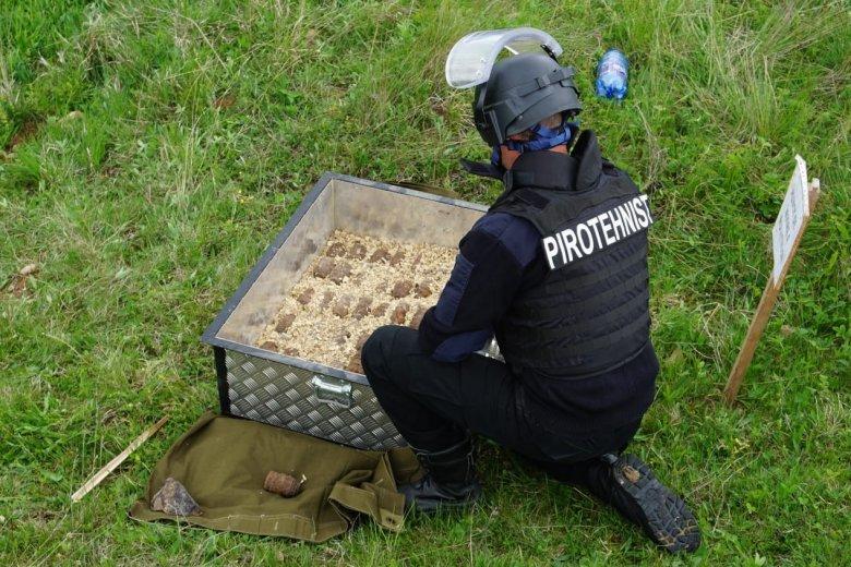 Világháborús lövedékeket robbantottak fel Csíkkarcfalvánál