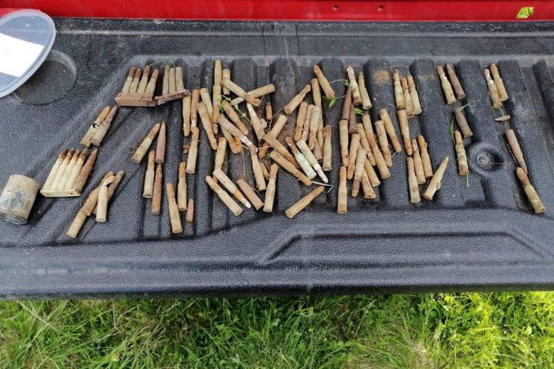 Világháborús lőszereket találtak Csíkszereda határában